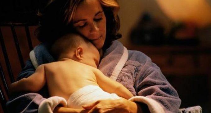 Ce anunţă tulburări de somn ale bebeluşilor şi cum pot fi ele remediate?
