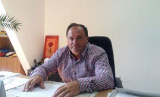 Toma Ciolacu, nemulţumit de modul greoi de preluare a sistemului de alimentare cu apă de către Apavil