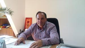 """Toma Ciolacu: """"Este pentru prima dată când se asfaltează uliţe comunale, iar oamenii sunt foarte mulţumiţi"""""""