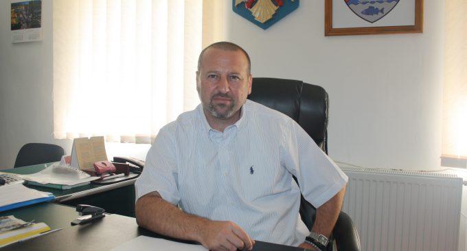 """Gabriel Ţolea: """"Blocarea fondurilor europene dezavantajează localitatea"""""""