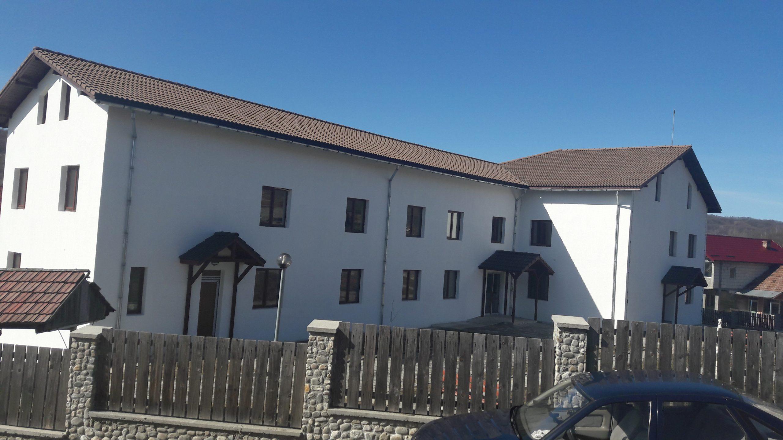 Casa bunicilor de la Scundu, pe ultima sută de metri