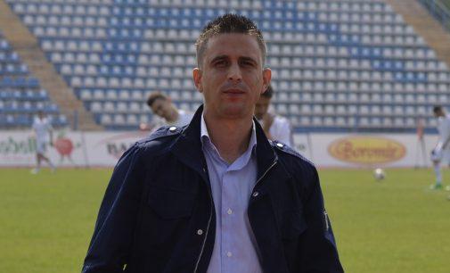"""Lucian Munteanu: """"Nu prea suntem obişnuiţi fără fotbal"""""""