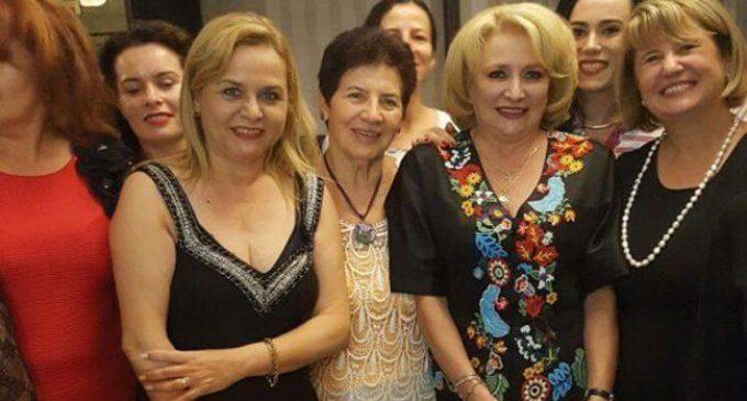 PSD VÂLCEA PĂSTREAZĂ TRADIȚIA: FEMEILE SOCIAL DEMOCRATE INVITATE LA TEATRU!