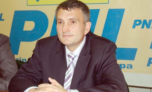PNL mai pierde un lider important:  Victor Giosan şi-a dat demisia din funcţia de preşedinte al PNL Rm. Vâlcea