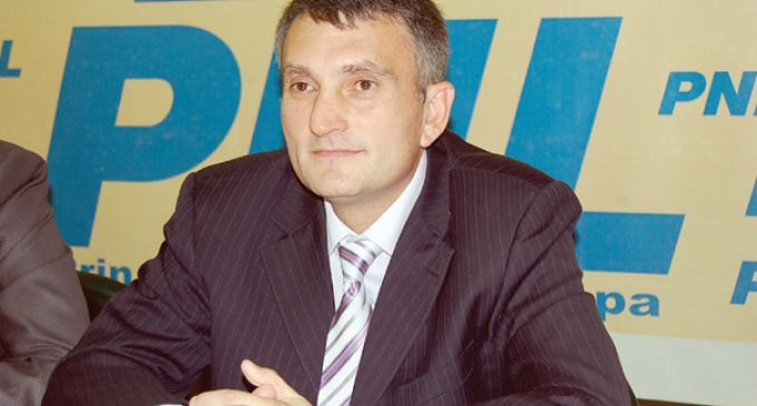 Cristian Buican îi cere Vioricăi Dăncilă fonduri pentru localităţile vâlcene cu proiectele la AFM