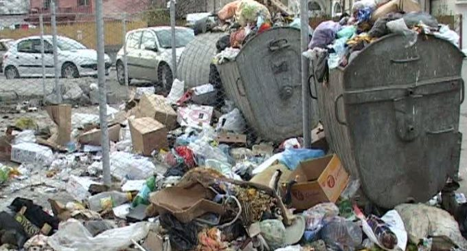 Groapa de gunoi de la Feţeni ar putea prelua deşeurile din tot judeţul