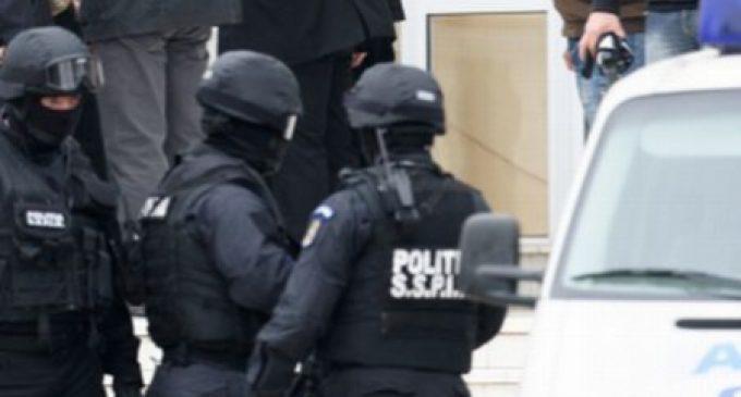 Acţiune în forţă a poliţiei, în nordul judeţului