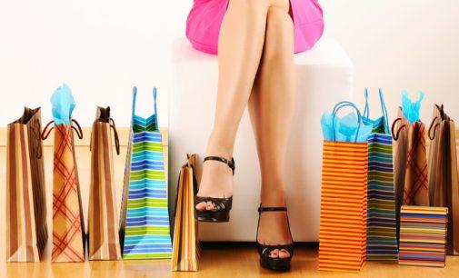 Femeile cheltuie cu 20% mai mult decat barbatii. Afla de ce!