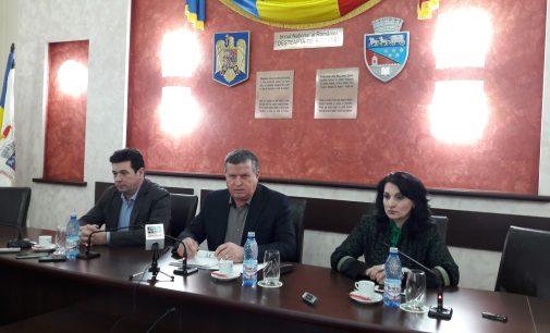 Gutău nu renunţă: Liceul Oltchim se desfiinţează în 2018
