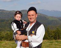 """Daniel Băluţă: """"La ediţie jubiliară, """"Învârtita Dorului"""" va reuni peste 50 de interpreţi din toate zonele ţării"""""""