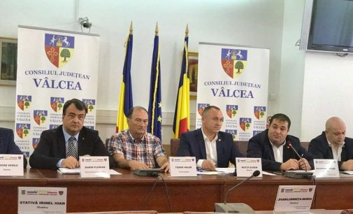 Timp de trei zile, Comisia de Muncă şi Protecţie Socială a Camerei Deputaţilor s-a mutat la Vâlcea