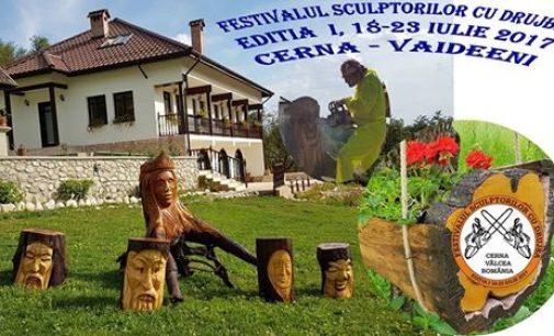 A început Festivalul sculptorilor cu drujba