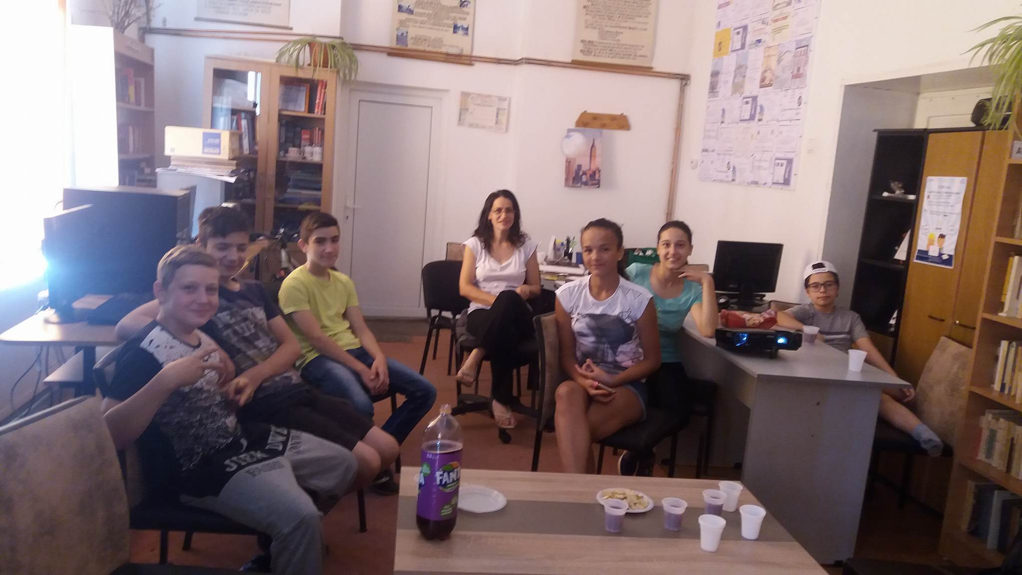 """CinEd, la Biblioteca Publică """"Antim Petrescu"""" din Păuşeşti Măglaşi"""