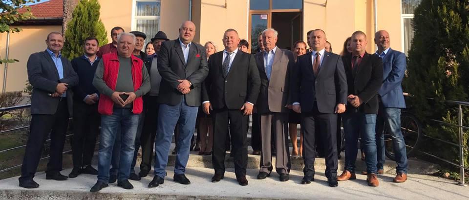 PSD merge pe mâna lui Adrian Cosac la primăria Vlădești