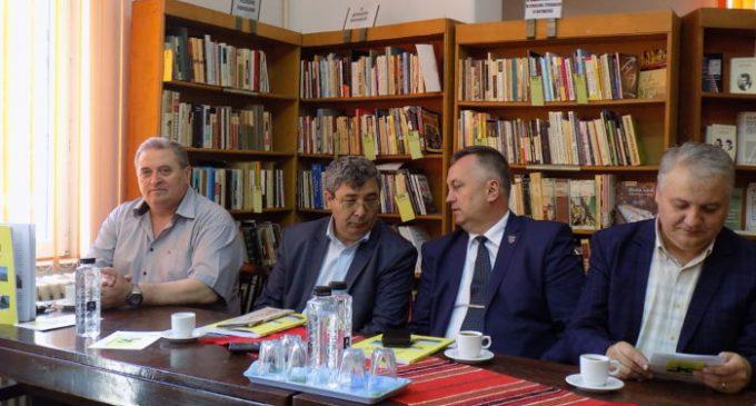 """Vasile Scârlea: """"Ne-am fi dorit ca măcar modernizarea străzilor să fi fost finanţată prin PNDL-2"""""""