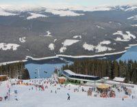 Turiştii nu vor putea schia de Sărbători, la Voineasa. Pârtia va fi deschisă după 1 ianuarie 2018