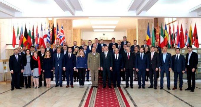 Deputatul Vasile COCOȘ prezent la un curs organizat de  Colegiul Național de Apărare București