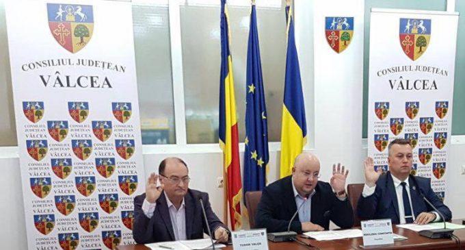 Pe 31 ianuarie,  Consiliul Judeţean Vâlcea aprobă bugetul instituţiilor subordonate