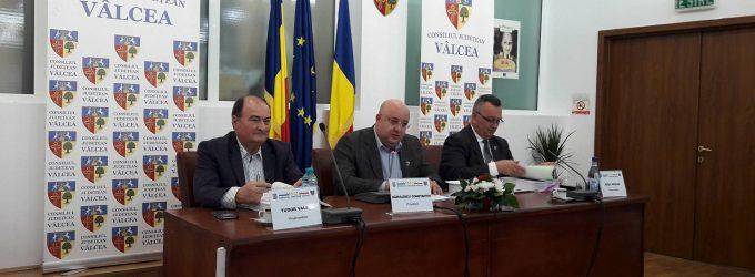 Peste 100 milioane euro fonduri europene vor ajunge la Vâlcea