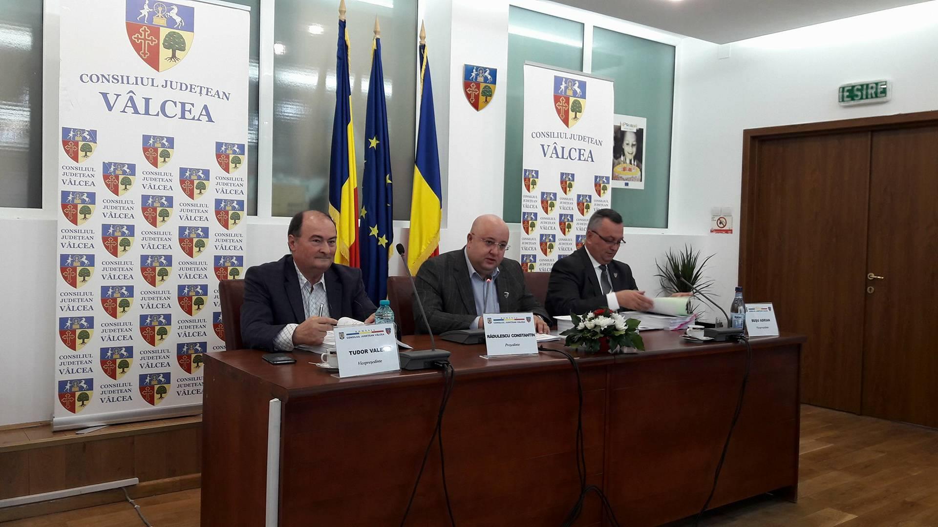 """Constantin Rădulescu: """"Sunt convins că, după data de 29 august, se va vorbi despre Vâlcea în multe colţuri ale lumii"""""""