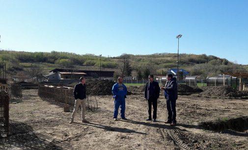 Mănăstirea Mamu conferă identitate comunei Lungeşti