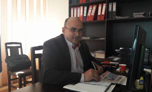 """Daniel Dimulescu: """"Las oamenii să aprecieze performanţa administraţiei locale"""""""