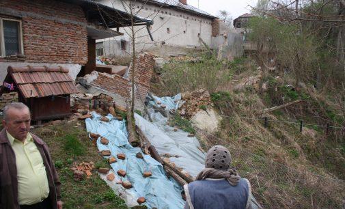 Golestiul, devastat de alunecările de teren