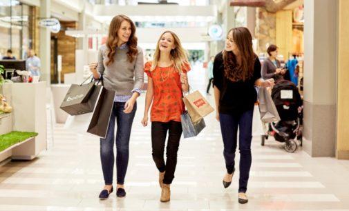 Hainele de brand: 5 motive pentru care femeile si le doresc in garderoba!