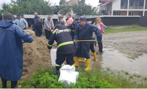 Ministrul Apelor și Pădurilor, prezent la Băbeni. Pârâul Stăncălău a facut, din nou, ravagii. Zeci de familii au fost evacuate