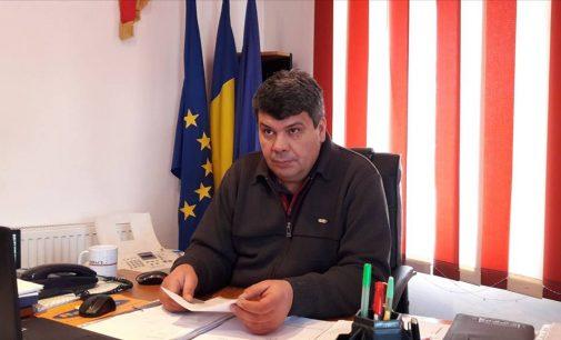 """Gheorghe Constantinescu: """"La Şuşani, oamenii au înţeles că trebuie să stea fiecare în curtea lui"""""""