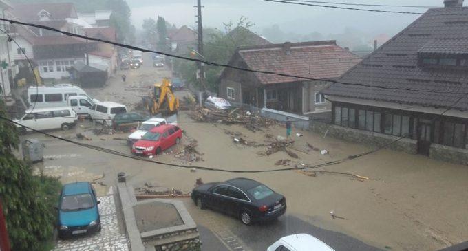 Case construire pentru sinistraţii de la Vaideeni cu ajutorul unei fundaţii