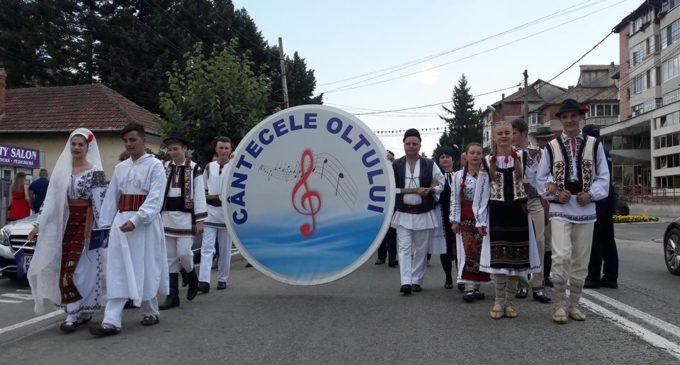"""Sprijin financiar din partea Consiliului Județean pentru Festivalul de folclor """"Cântecele Oltului"""""""