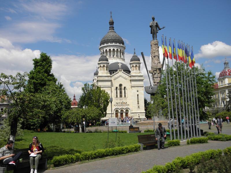 Catedrala Mitropolitană, loc de reculegere în mijlocul oraşului