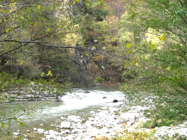 Defileul Surduc, cea mai frumoasă parte din Valea Ierii
