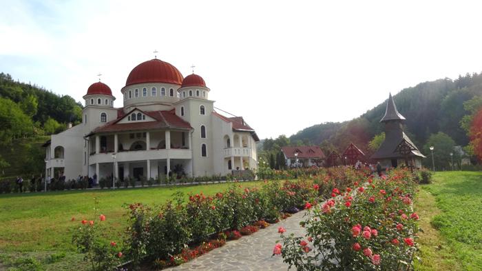 Mânăstiri care trebuie vizitate, în apropiere de Dej