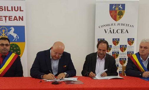 Consiliul Judeţean Vâlcea începe lucrările de modernizare a drumului către Mânăstirea Frăsinei