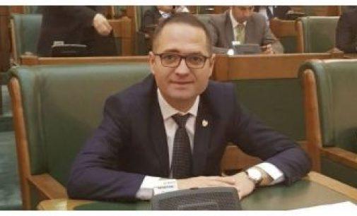 Iohannis, de acord doar parţial cu remanierea. Vâlceanul Bogdan Matei este oficial ministru al Tineretului și Sportului