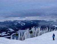 Mii de turişti au ales, de Sărbători, să schieze la Voineasa