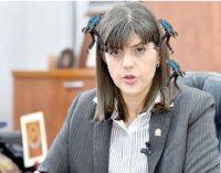 EDITORIAL:  Câţi politicieni se agaţă de bretonul doamnei Koveşi?