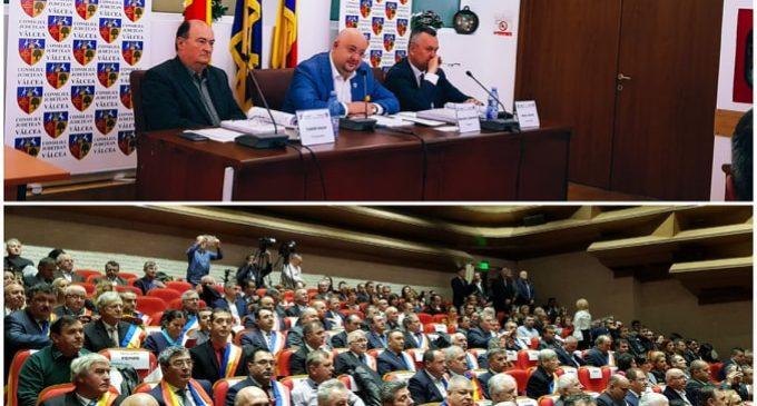 """Liberalii acuză împărţirea fondurilor către primării pe criterii politice. Constantin Rădulescu: """"Nu privim bugetul prin carnetul de partid al primarilor"""""""