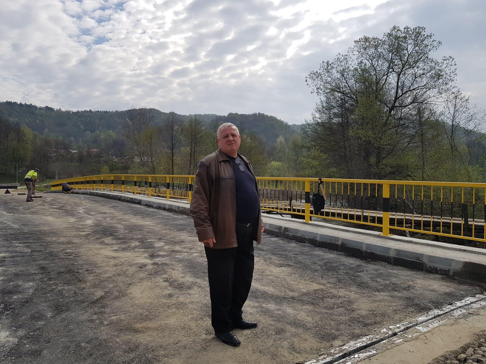 La Tomşani începe o nouă campanie de asfaltare