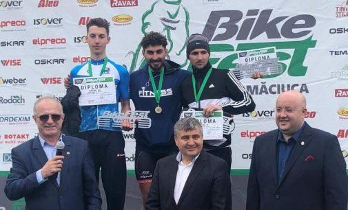 Deputatul PSD, Vasile Cocoș prezent la concursul de ciclism Bike Fest – Damila desfășurat pe 1 Mai, la Măciuca