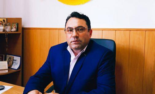 Gheorghe Gîngu, intenţionează să absoarbă fonduri norvegiene pentru dezvoltare locală, reducerea sărăciei şi incluziunea romilor din Bujoreni