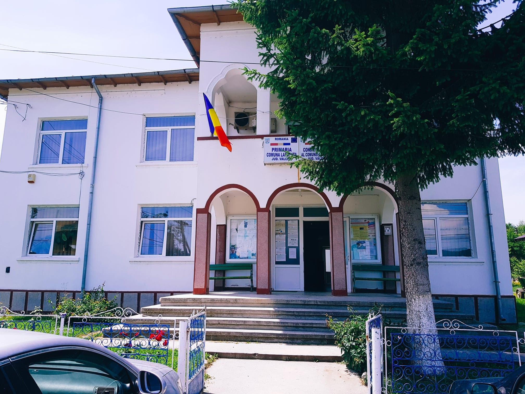 Proiectele de modernizare a comunei rămân prioritatea Primăriei Lăpuşata