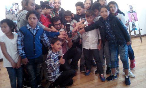 Tineri francezi, aproape de romii vâlceni