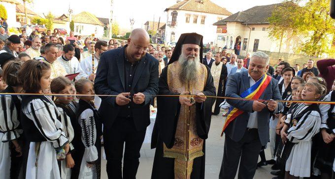 """La Băbeni, Casa de Cultură """"Dragoş Vrânceanu"""" şi-a reluat activitatea culturală"""
