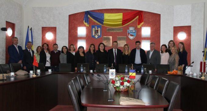 Profesori din Turcia şi Letonia, în vizită la Râmnic în cadrul unui proiect Erasmus+