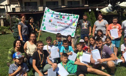 Matematică, dezvoltare personală şi creaţie la tabăra pentru copiii a Şcolii Gimnaziale Mălaia