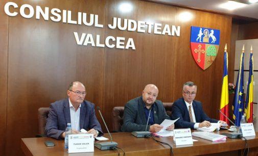 Consiliul Judeţean a acoperit traseele abandonate de transportatori
