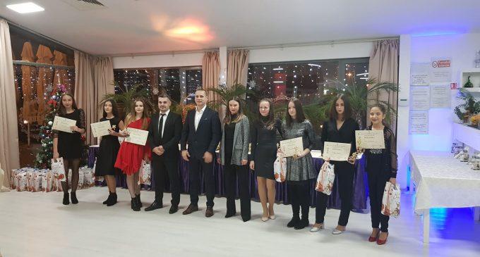 Medaliaţii de la ACS Sen Sport Rm. Vâlcea au fost premiaţi într-o gală superbă